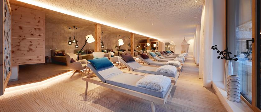 Italy_San-cassiano_Hotel-fanes_Relaxation_Area.jpg